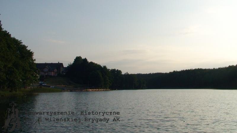 DSC03706_jezioro_Dziemiany